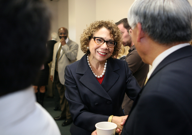 Incoming CSUF President Mildred García greets faculty and staff during the Jan. 26 Academic Senate meeting.